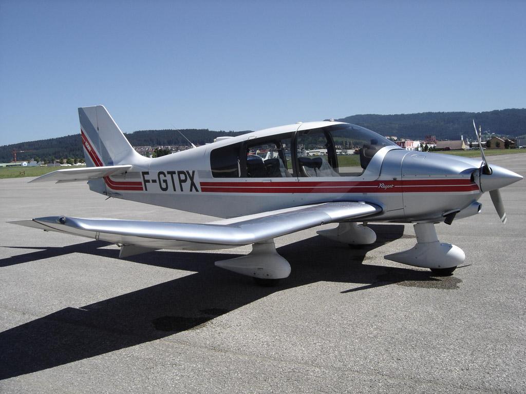 Le Robin DR400 F-GTPX à Pontarlier