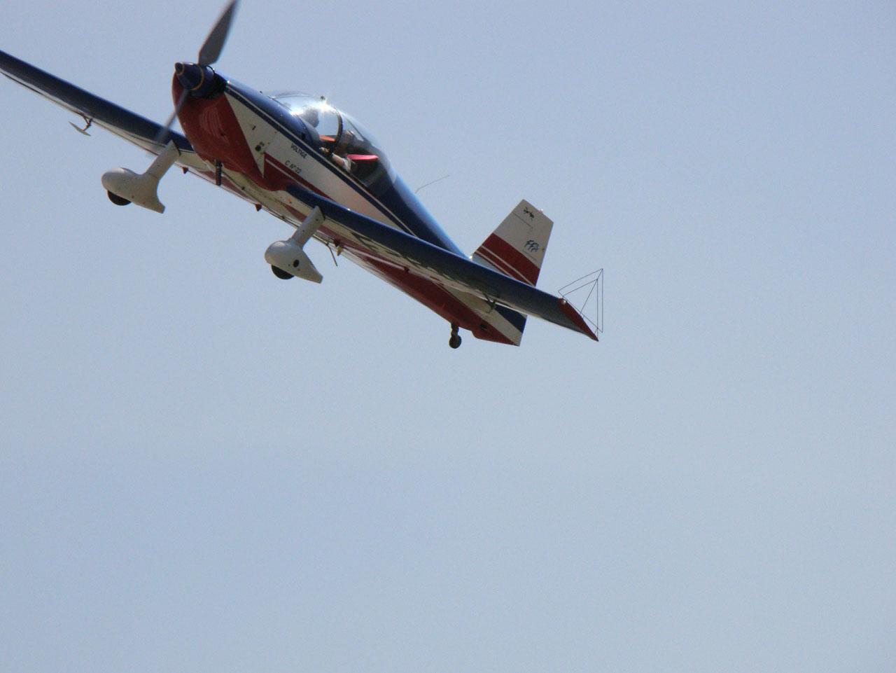 Le CR100 F-PIUS au décollage à Pontarlier