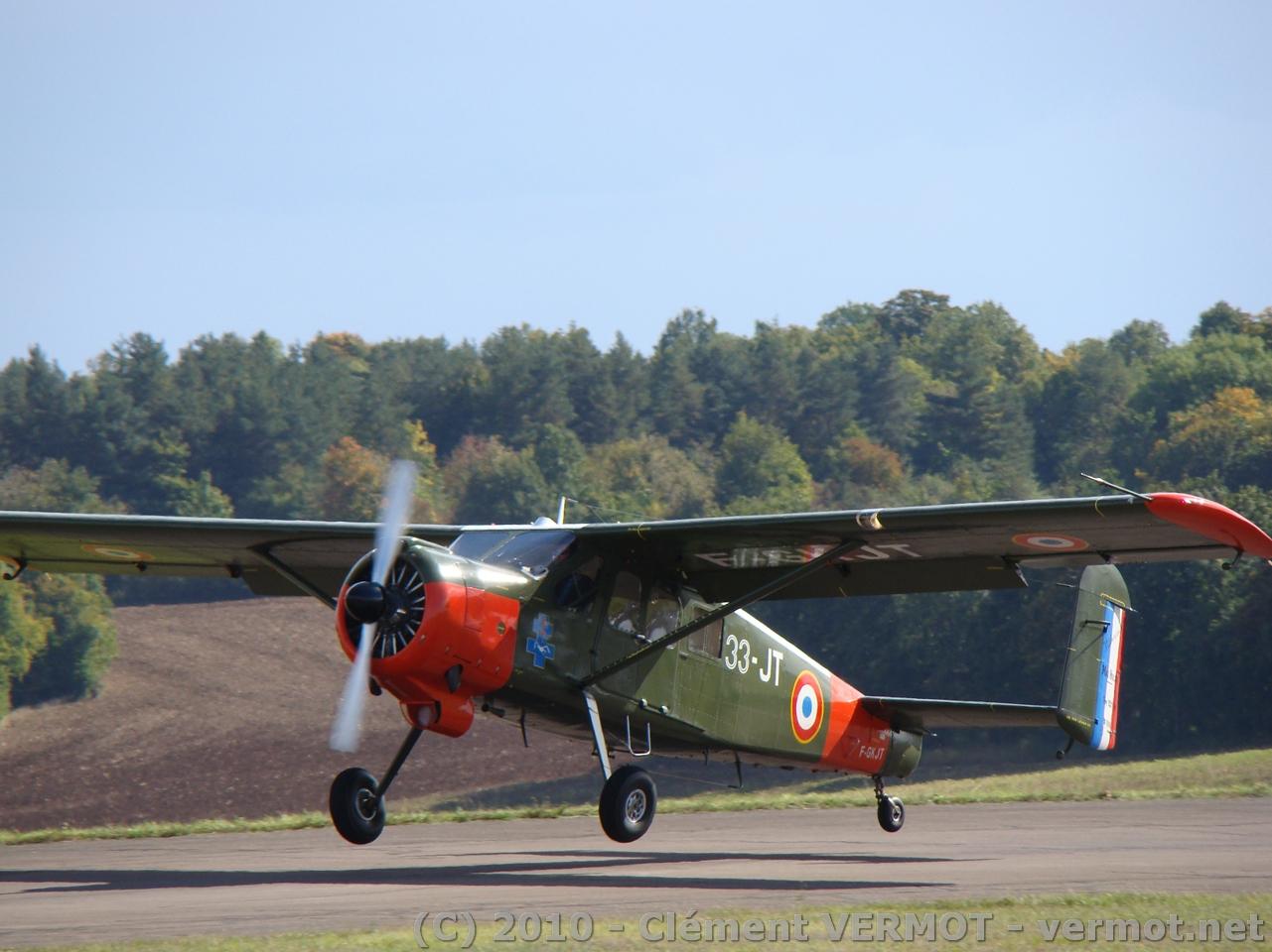 Le Max-Holste MH-1521 Broussad F-GKJT à l'atterrissage