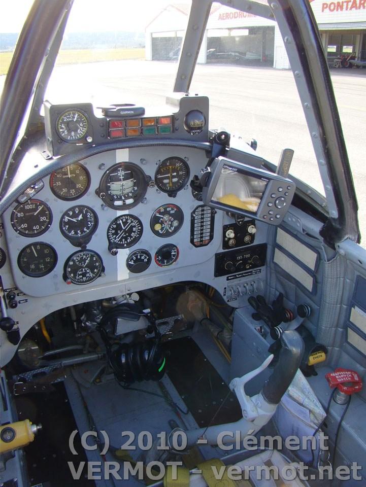 Tableau de bord du Yak 52