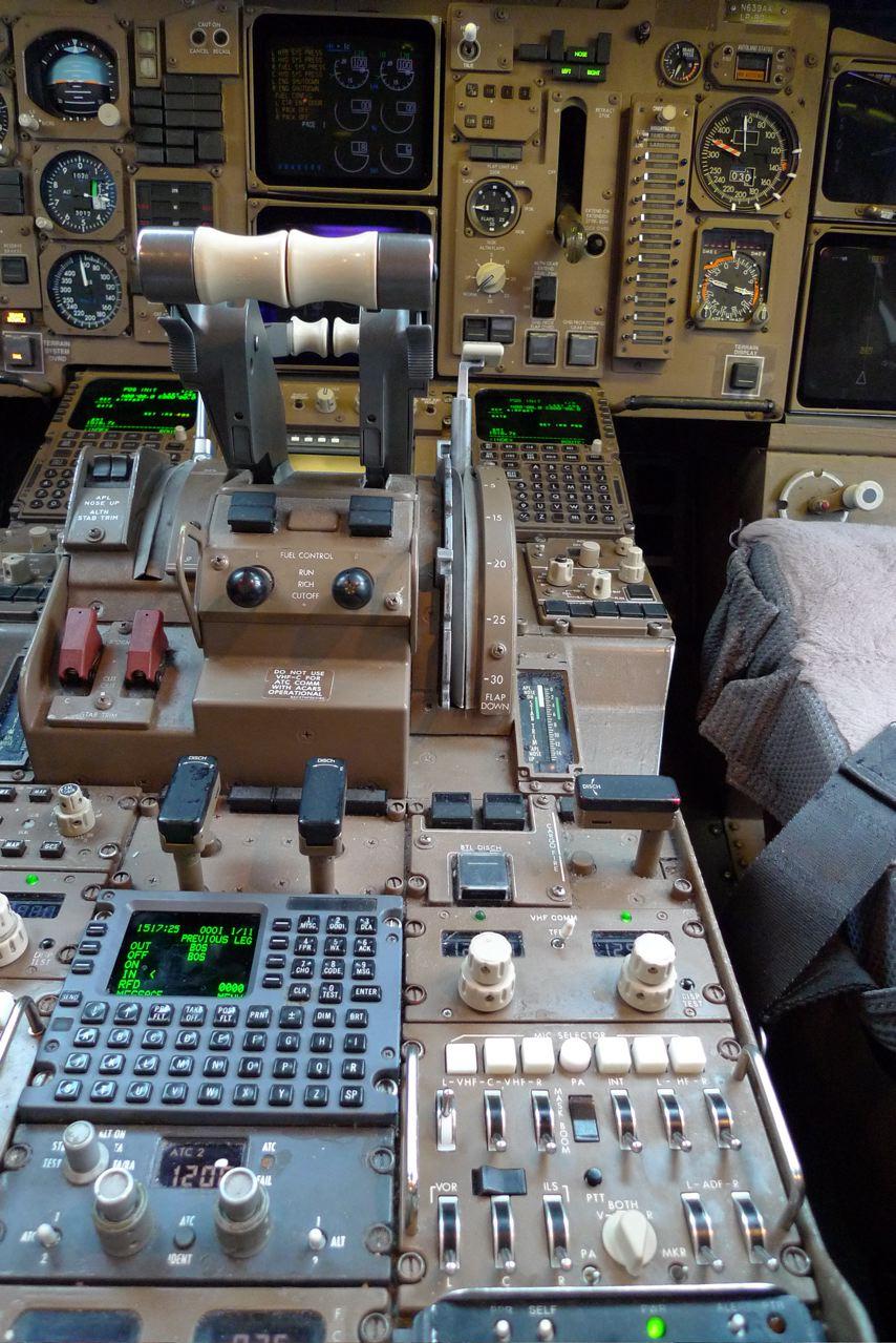 Console centrale d'un 757