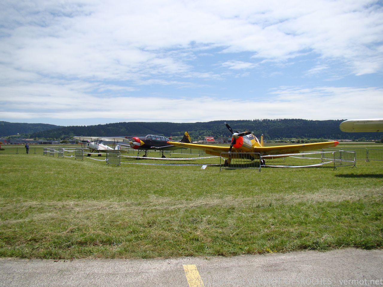 """Les 3 """"oldtimers"""" : Stampe SV4, Yak 18 et Morane-Saulnier 733"""