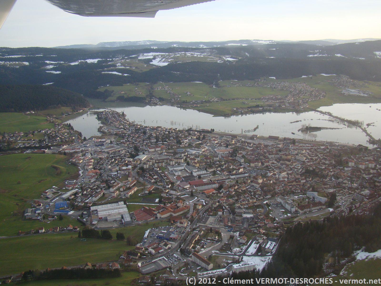 Une autre vue de Morteau avec sa plaine inondée